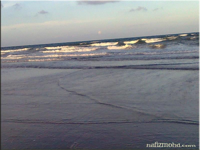 """""""Pantai yang cantik"""""""